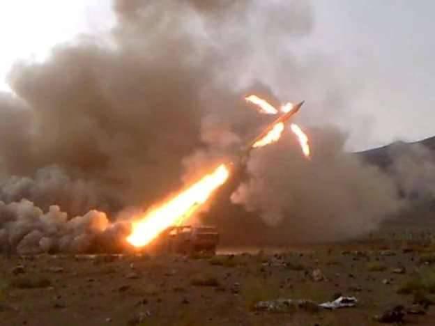 Le forze armate siriane hanno iniziato a usare i missili Luna-M sui terroristi