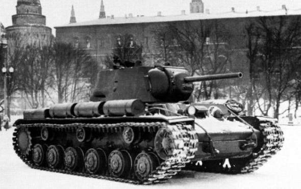 Tank KV-1: giant in armor