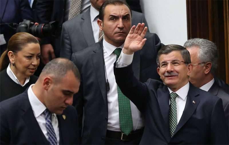"""Türkisches Absurditätstheater: Ankara wirft Russland """"Vereinigung"""" mit ISIS vor"""