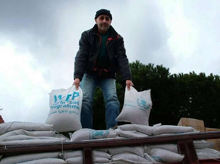 Le centre de réconciliation à Khmeymim a organisé un soutien de l'aide humanitaire à la population syrienne