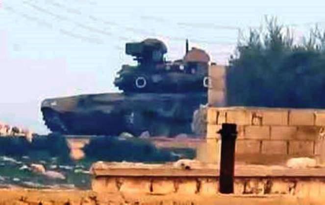 TOW-2 ATGM을 촬영 한 비디오에 대한 전문가의 의견은 시리아 T-90A 탱크에 충돌했습니다.