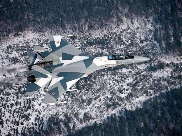 Su-35:关于战斗机的五个事实