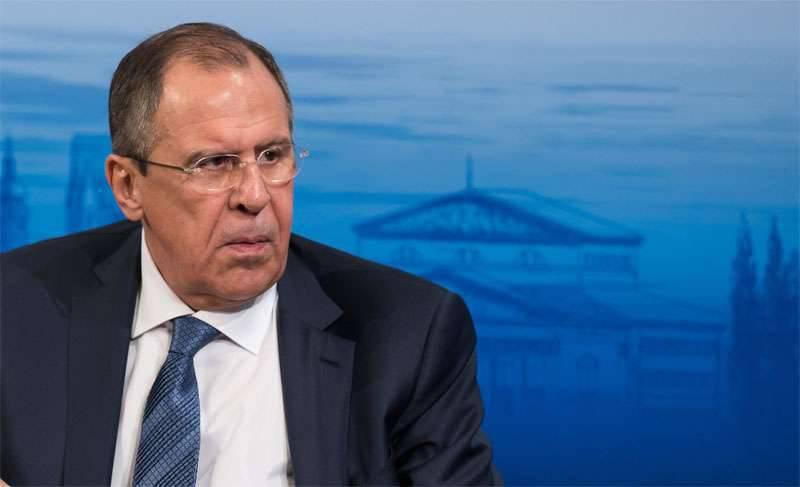 सर्गेई लावरोव: अल्जीरिया सीरिया पर रूसी पहल का समर्थन करता है