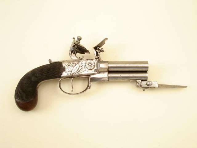Múltiplas pistolas de pederneira com trava de boxlock
