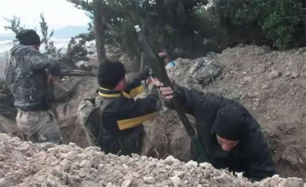 Jornalistas foram demitidos do território da Turquia no norte de Latakia (Síria)