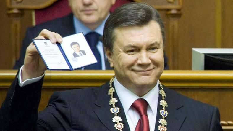 律师宣布Viktor Yanukovych愿意返回乌克兰