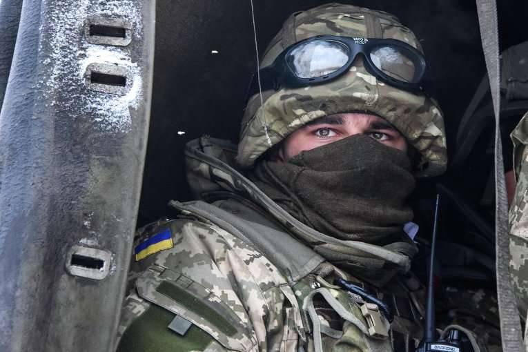 """Basurin: In den Einheiten der Streitkräfte der Ukraine, die sich in der ATO-Zone befinden, reift ein Aufruhr im Zusammenhang mit der """"unhöflichen Haltung der Befehlshaber gegenüber Untergebenen""""."""