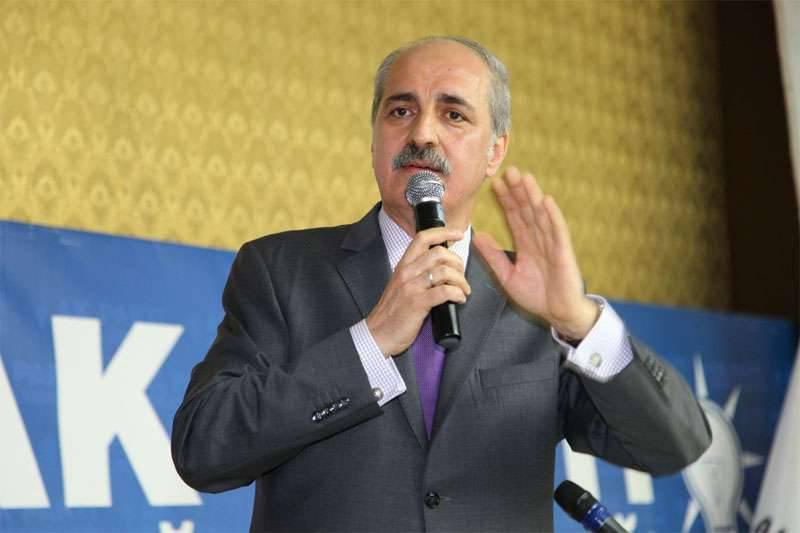 """터키 부총리 : """"아사드, ISIS 및 Jebhat al-Nusra는 시리아에 남아 있어서는 안된다"""