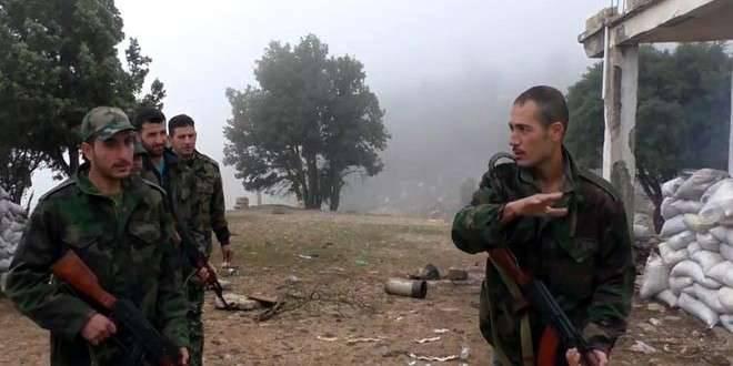 Les forces spéciales syriennes ont pris deux hauteurs sous contrôle à l'implantation stratégique d'El Qariatane
