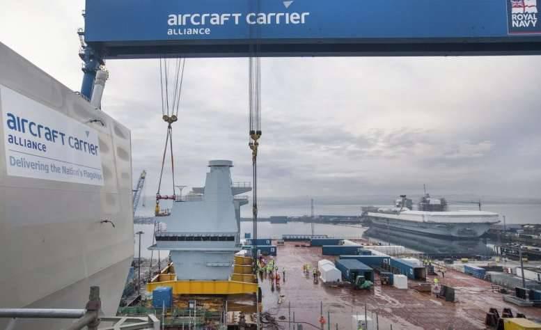 İngiliz uçak gemisi Queen Elizabeth'in inşaatı bitmek üzere