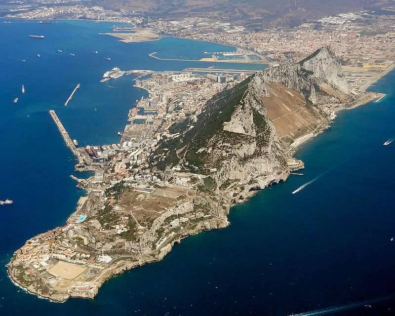 """Potevano sparare dal """"Rock"""" - pistole inglesi sulle alture di Gibilterra"""