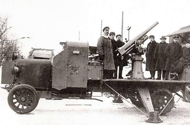 Il primo anti-aereo: come nell'esercito russo è apparso un cannone antiaereo