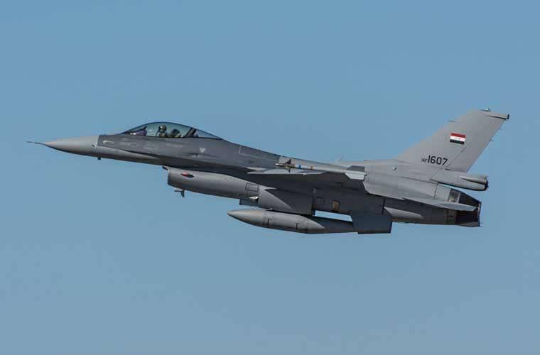 Gli americani prevedono di mantenere la produzione di F-16 dopo il 2017