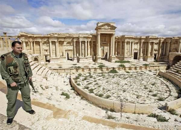 パルミラの戦いの概要:シリア軍はセミラミスホテルを奪還し、過激派から指揮所になりました