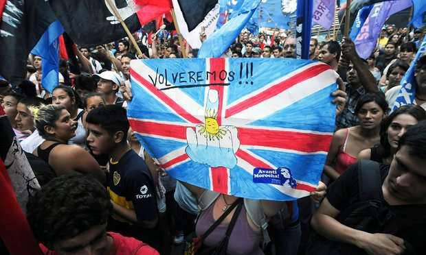 लंदन ने संयुक्त राष्ट्र के अर्जेंटीना के क्षेत्रीय जल के विस्तार के फैसले का जवाब दिया, जिसमें अब फ़ॉकलैंड द्वीप (माल्विनास) भी शामिल है