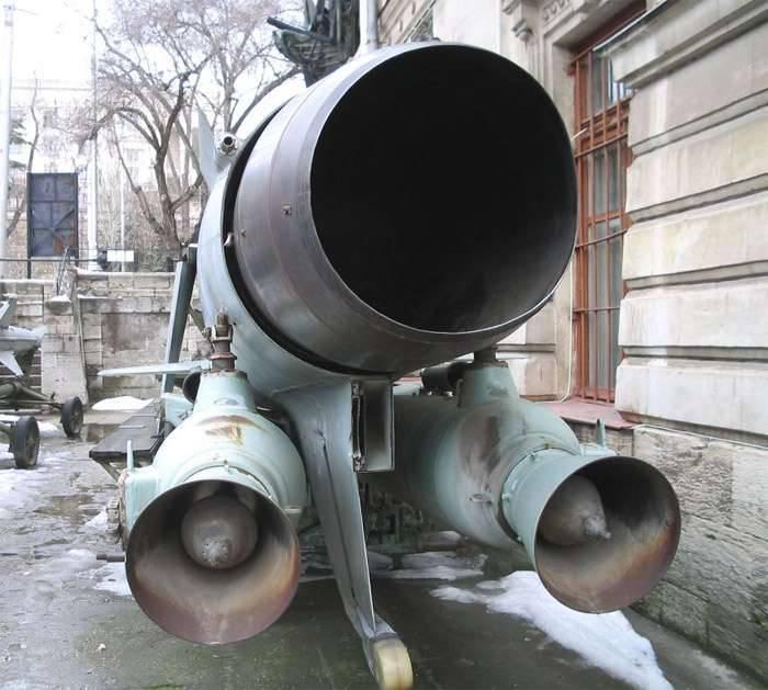 Submarino de misiles submarinos P-6