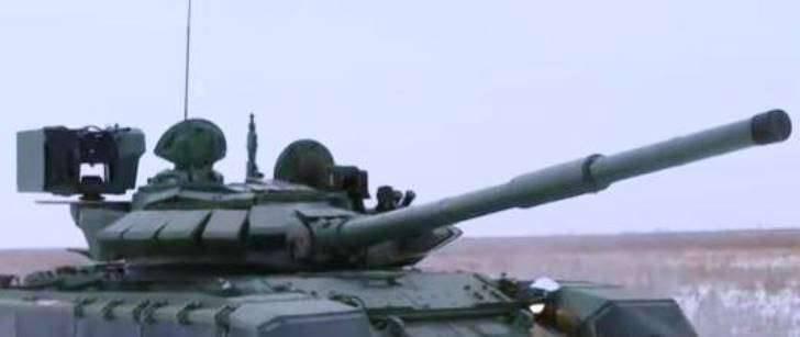 Medios: los militares kazajos instalaron un módulo de combate turco en T-72