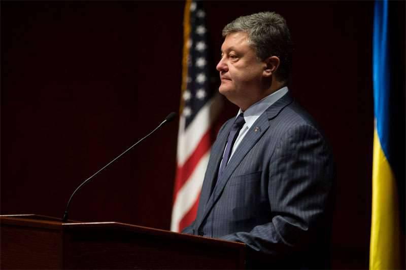 """Poroshenko negli Stati Uniti chiede nuovamente armi e """"richieste"""" per inasprire le sanzioni contro la Russia"""