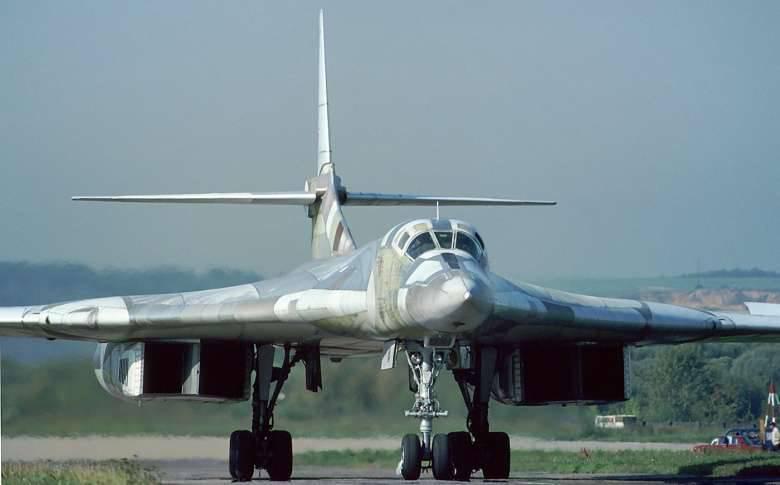 L'intérêt national: Tu-160 et B-1, qui gagne?
