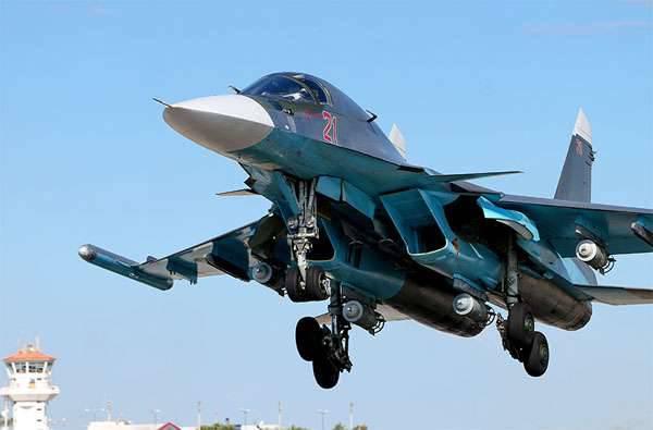 俄罗斯联邦VKS的飞机袭击了El-Karyateyn地区的伊黎伊斯兰国武装分子以及Rakka和Deir ez-Zor省的边界
