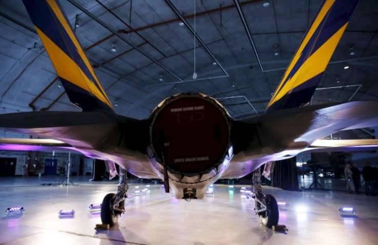 五角大楼报告了F-35新发动机的间歇性问题