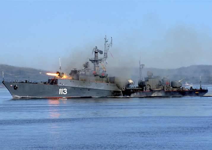 Fuerzas diversas del Consejo de la Federación realizaron ejercicios en el mar de Barents.