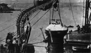 """""""Paso al fondo"""": el desarrollo de los vehículos de descenso en alta mar de la primera mitad del siglo XX."""