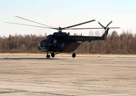 Yükseltilmiş Mi-8MTV-5-1, EW tesislerine dönüştürüldü