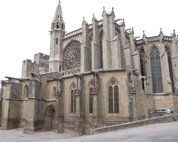 Beziers的大屠杀。 反对Cathars的天主教徒