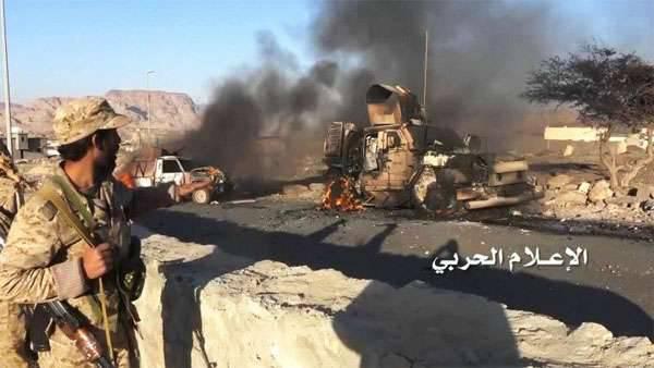 Medien: Im Jemen wurden mindestens 70-Truppen getötet, als eine Tochka-Rakete in ein Militärlager der saudischen Armee einmarschierte