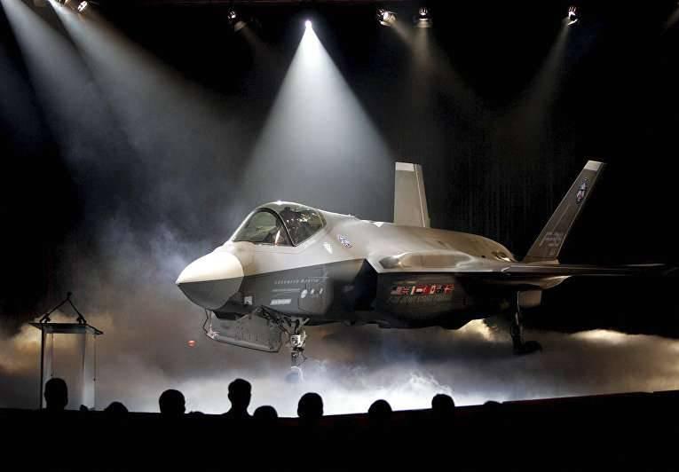 "Gorenz 장군 : F-35보기만으로도 미국 상대를 ""뒤로""도울 수 있습니다."
