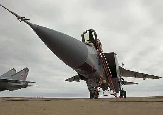 È stato stabilito un record per la durata di un volo su un aereo MiG-31БМ