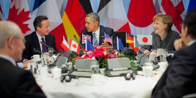 Tricky comments. G7 in G8: a bun with jam or without?