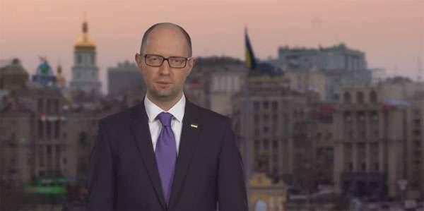 Yatsenyuk renunció y habló sobre la moralidad y la artificialidad de la crisis política en Ucrania.