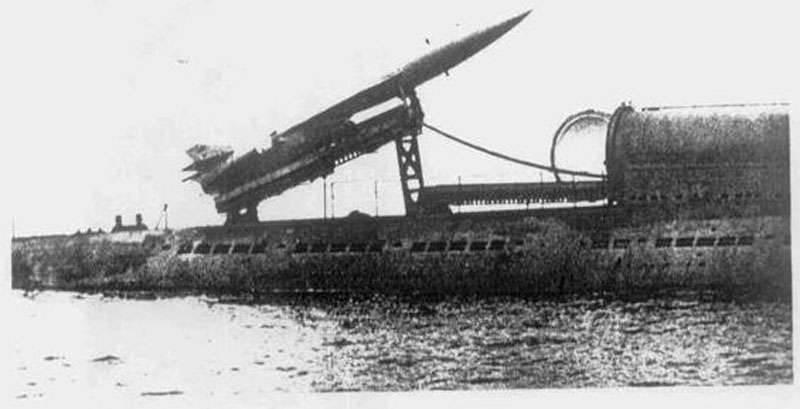 क्रूज मिसाइल पनडुब्बी P-10