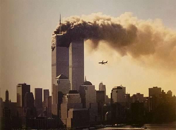 前美国参议员声称,在11 9月2001恐怖袭击事件调查档案的秘密部分,有证据表明参与了沙特特工袭击美国的准备工作
