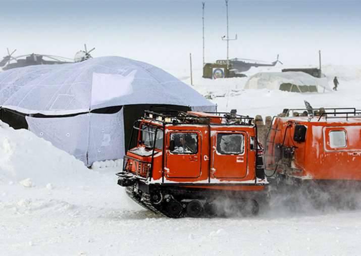 Une banquise convenable a été trouvée dans l'Arctique pour le prochain débarquement d'unités aéroportées.