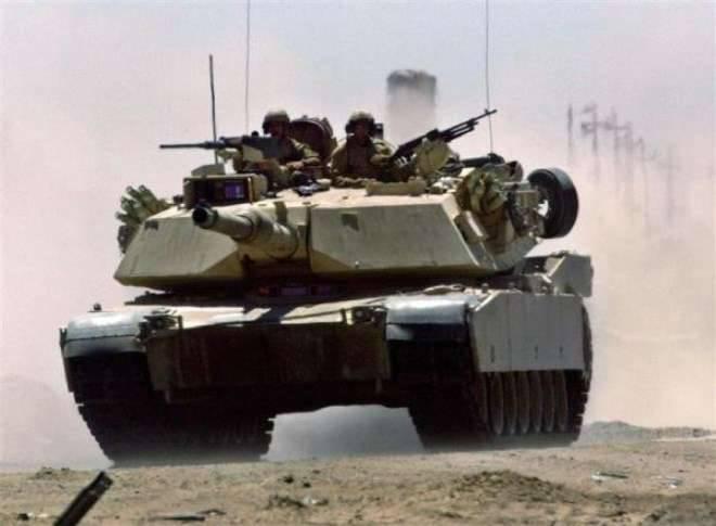 미국 언론들은 이라크에서 싸우는 M1 Abrams를 영화 롭게하려는 시도에 대해 그들의 군대를 비난했다.