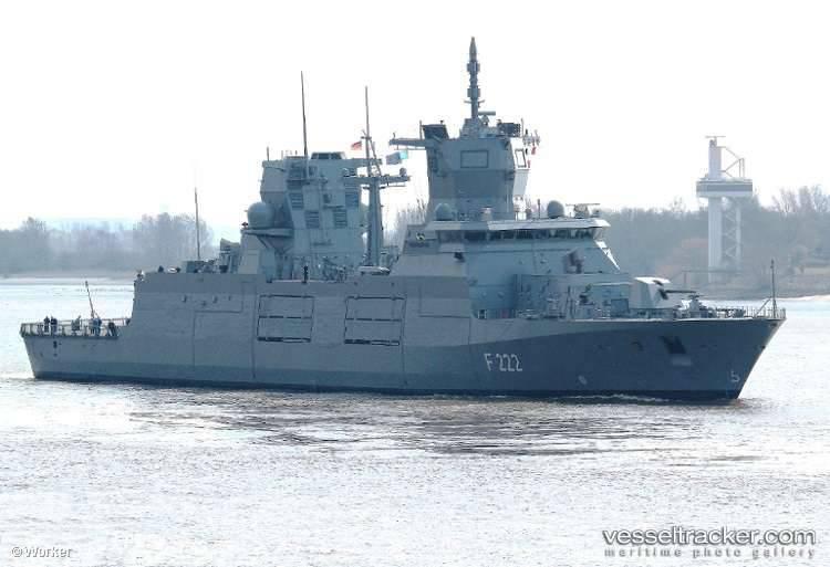 ドイツ海軍のバーデン=ヴュルテンベルク州の新しいフリゲート艦はテストのために海に行きました
