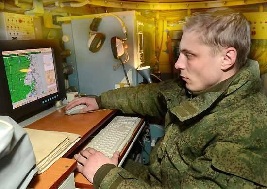 レブTsVOのプレスサービス:中央連邦管区は、国家防衛命令の枠組みの中で最新の電子戦手段を受け取る