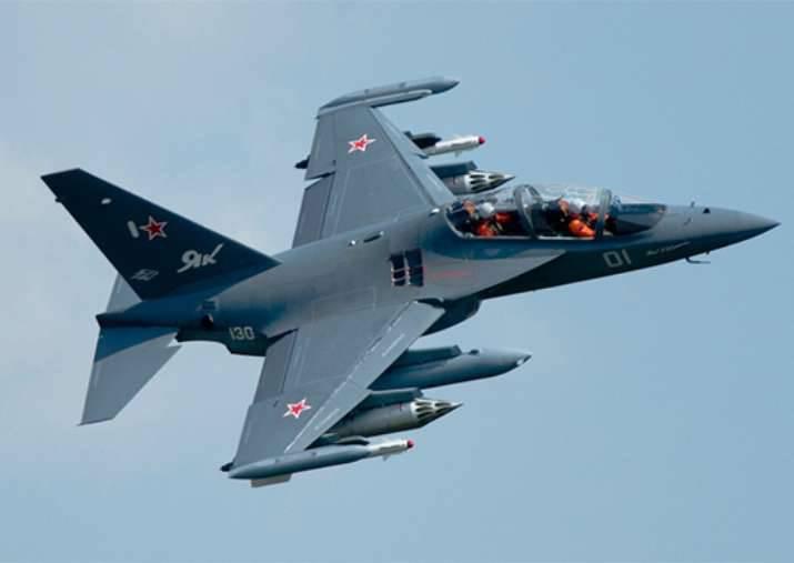 Irkut는 러시아 VKS를 2018, Yak-30 항공기의 130