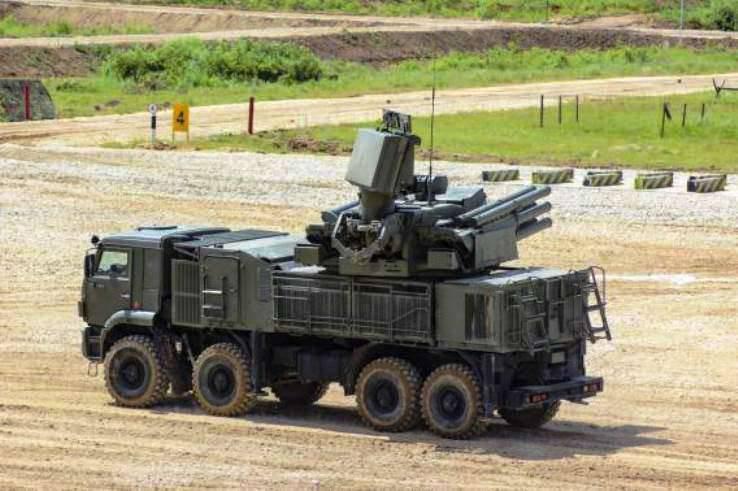 En el transcurso del ejercicio, los artilleros antiaéreos de la VO alcanzaron el nuevo Pensne de alta velocidad.