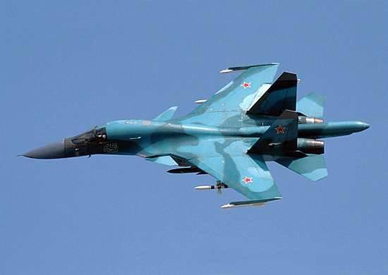 战斗轰炸机和燃料服务飞机的链接将基于亚历山德拉兰德