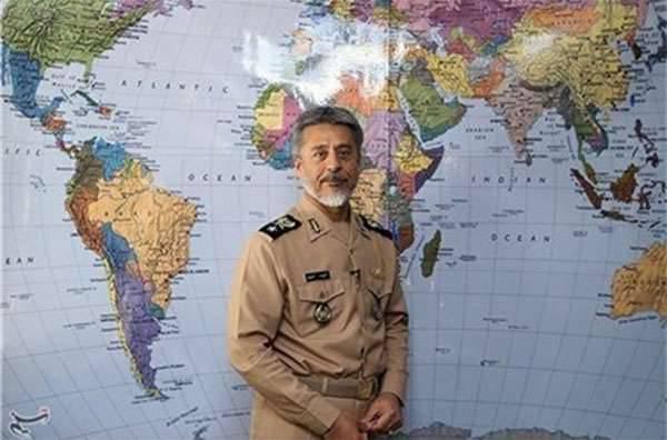 Exercícios conjuntos dos navios da Marinha do Irã e do Paquistão no Estreito de Ormuz