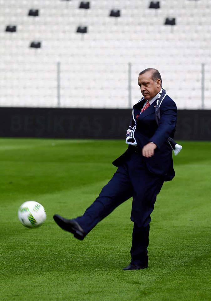 ウエスタンプレスはシリア難民による国境でのトルコ兵の射撃のさらなる証拠を提供する