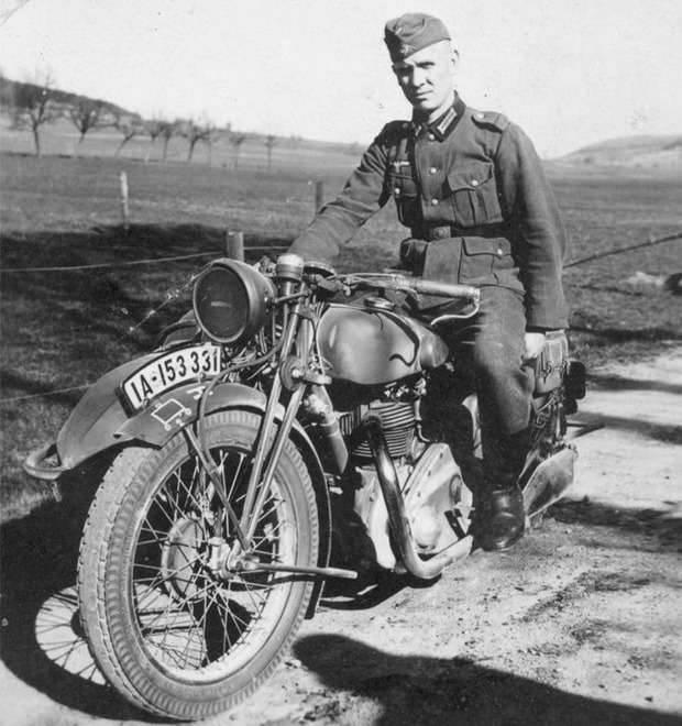 आयरन हॉर्स: मोटरसाइकिल का उपयोग शत्रुता में कैसे किया गया