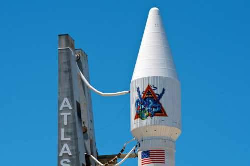 Nos EUA, foi reconhecido que o uso de motores de foguetes russos RD-180 é economicamente vantajoso.