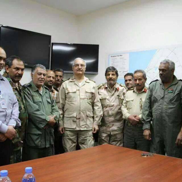 Neden Rusya'da baş Libya komutanına gidiyor?