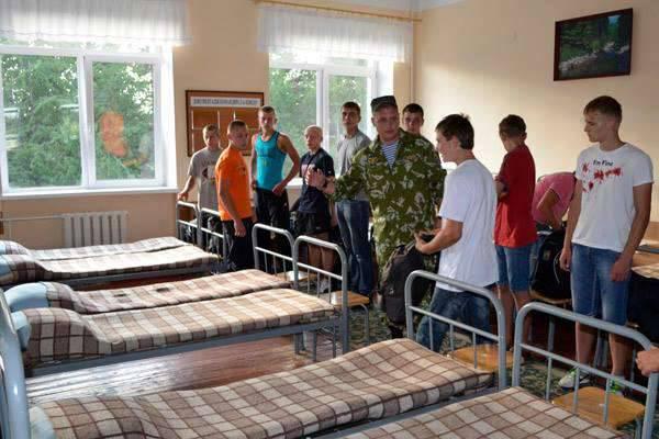 Durante o projecto de Primavera, de acordo com o plano, cerca de 16,6 mil jovens devem entrar no exército ucraniano