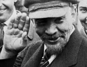 Lenin se arriesgó a seguir siendo un político burlado e incomprendido.
